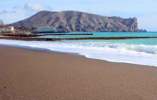 В Судаке проведут субботник по уборке береговой линии пляжей.