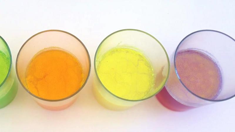 СКИТЛС - смотрите что вы едите! Эксперименты с напитком из конфет SKITTLES [720p]