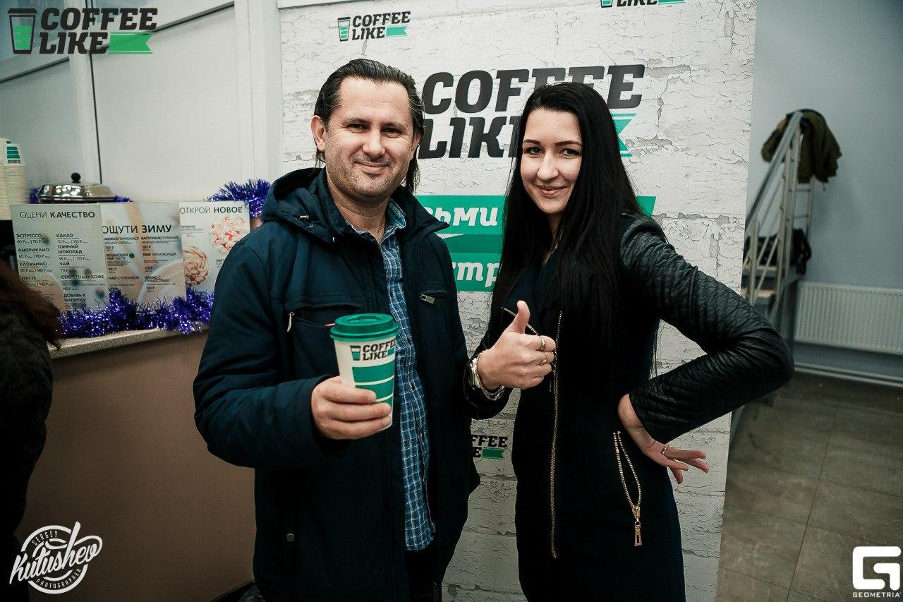 Та самая Юлия (руководитель) и Олег (партнер - инвестор)