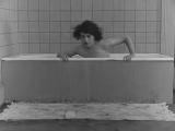 Обнаженная сцена в фильме 1920 года