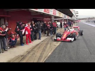 Sebastian Vettel returns to the garage.