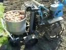 Классная самодельная картофелесажалка
