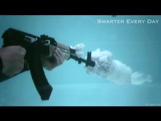 Стрельба под водой из АК-47