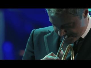 Emmanuel  • Chris Botti (feat. Lucia Micarelli) in Boston