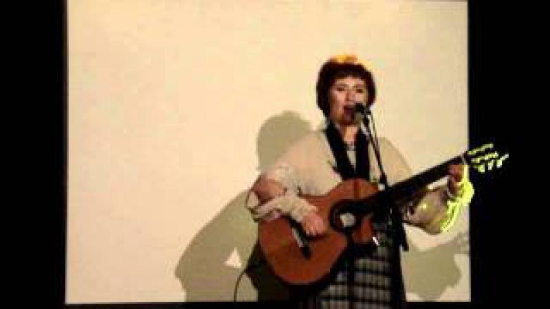 Chanteuse oudmourte Nadejda Outkina, auteur-compositeur