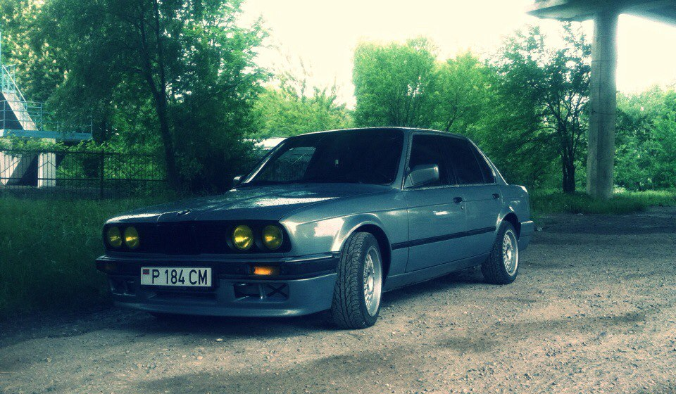 Продам срочно BMW e30 325e 1986