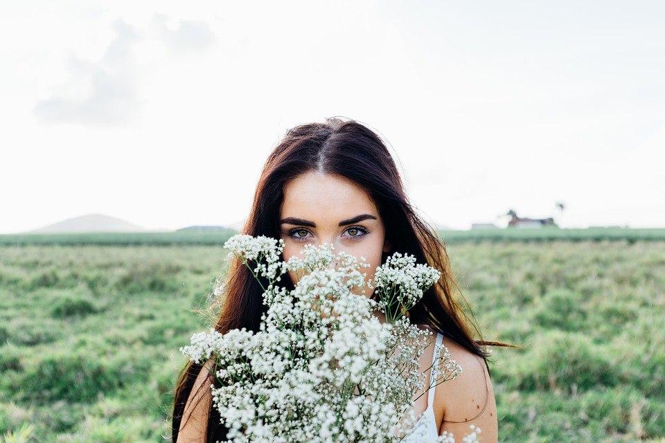 20 фотографий красивых девушек: скачать бесплатно