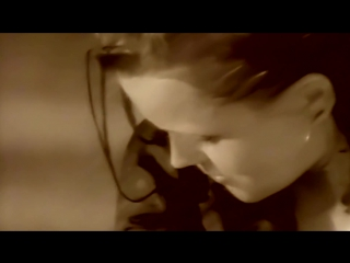 Belinda Carlisle - Summer Rain (Official Music Video)