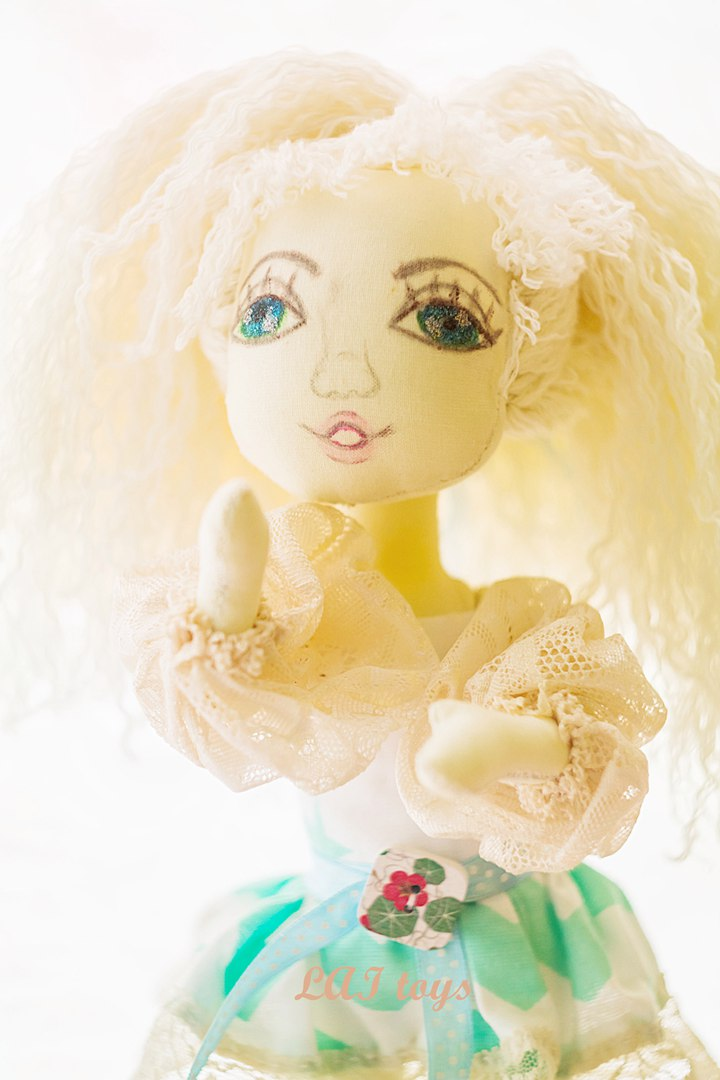 Ясмин, кукла RvV7KsRB9cI