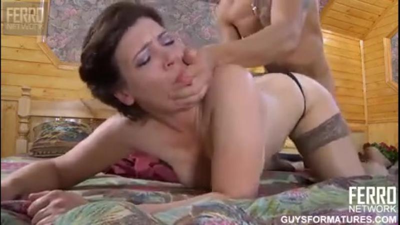 Порно мать и сын ферэро