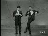 Jean-Pierre Cassel et Sacha Distel (1963)