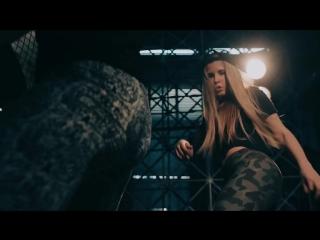 Клип Кака 47 (Успешная группа) - У Нее Четкий Орех