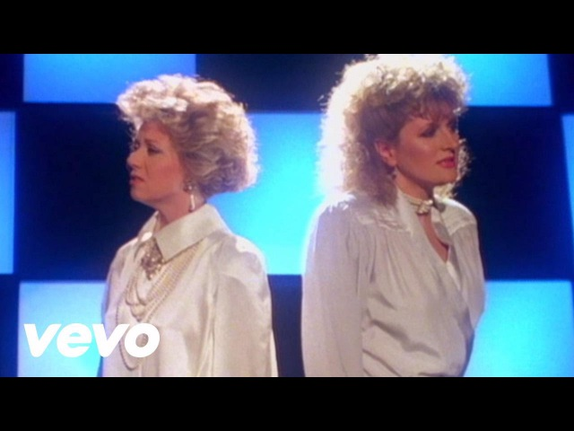 Elaine Paige Barbara Dickson I Know Him So Well From CHESS