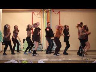 11-А класс, Гимназия 57. Новогоднее выступление - Танец обезьянок