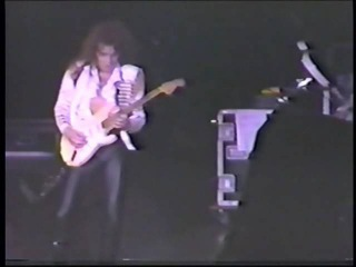 Yngwie Malmsteen - Live Far Beyond the Sun
