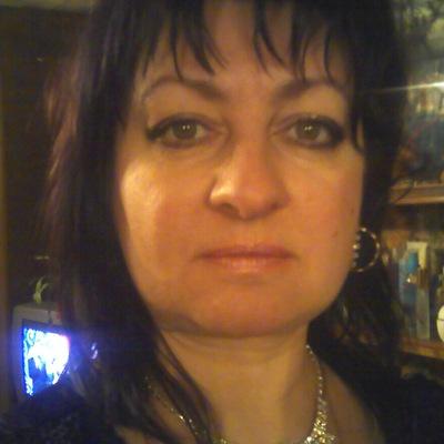 Лена Коневалова