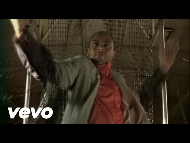 Bajofondo - Pa' Bailar (Bailarin En El Tren)