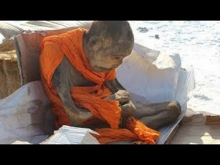 ─►Mummified MONK in Mongolia 'not dead', say Buddhists