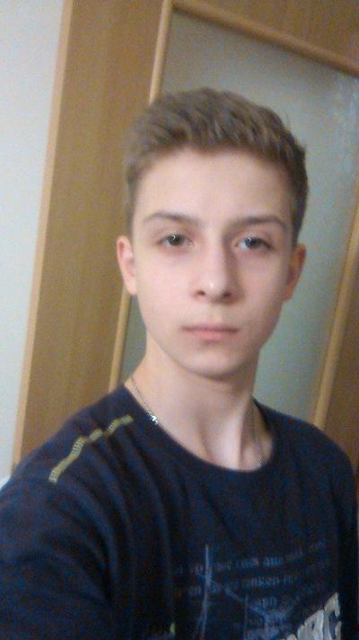 Илья Ананьев