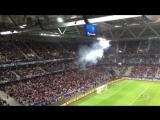 Болельщики сборной России опять зажгли файеры во время матча ЧЕ