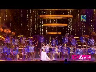 Filmfare Awards 2016 - выступление Жаклин Фернандес