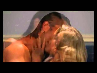 Alejandro y montse se duchan juntos ( soundtrack 3 original lo que la vida me robo)