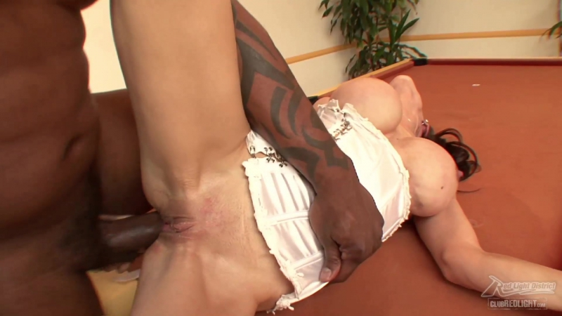 Mc Kenzie Lee is Hungry for that Black Load