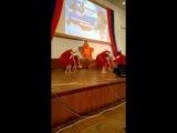 Это не танец пчелки  Это Керчь  20 02 2016 Crimea dancing girls!