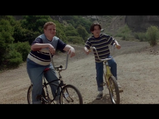 Иногда они возвращаются снова (1996) ужасы мистика