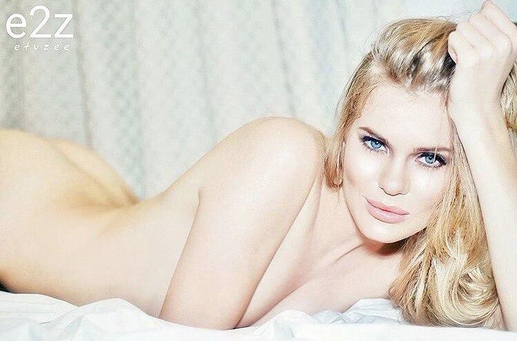 Vanessa hudgens nude actual pictures