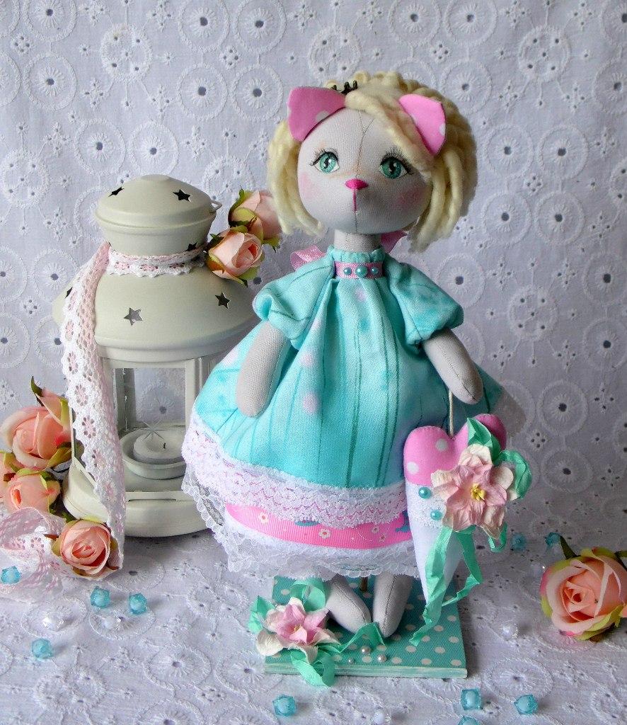 кошечка кукла