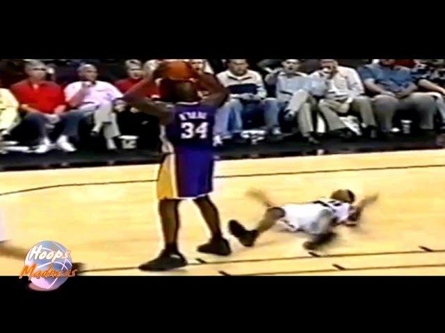Shaquille O'NEAL Elbows Scottie PIPPEN! (2000 Playoffs)
