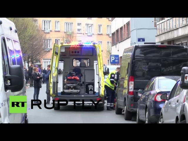 Машина сбила мусульманку во время антиисламского митинга в бельгийском Моленбеке