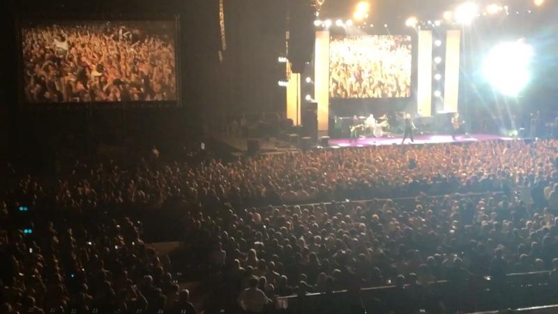Deep Purple играют