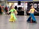 Восточные красавицы Аня равным образом Даша  со танцем Чи Ча Чо