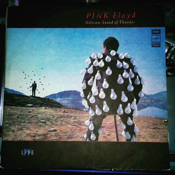 #nowplaying Pink Floyd - Delicate Sound of Thunder #vinyl #pinkfloyd #delicatesoundofthunder #live #2LP #melodiya #ussr #1988 #emirecords Soviet issue.
