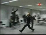 SS501 Kim Hyun Joong touching ceiling