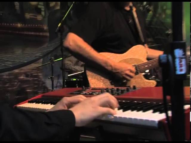 Luca Olivieri, John Jorgenson, Tommy Emmanuel - Workin' man blues Soave 2012 HQ