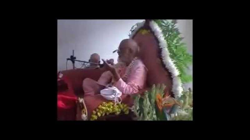 *От А до Я ч 6-1* Шрила Бхактиведанта Нараяна Госвами Махарадж Куалампур часть 6 1 14 07 2007 2