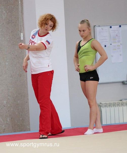 ANGELINA MELNIKOVA -k1Vg0OT9Dg