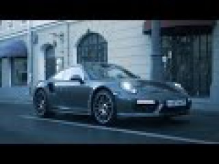 DT Test Drive — Porsche 911 Turbo S vs Sportbikes