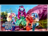 Behind the Scenes on a Monster High Doll Shoot | Monster High