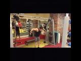 """AthletePro- Fitness Academy on Instagram: """"Chest Workout (Тренировка Грудных мышц от тренера#koroleffitness @ruhalk )  1)Сведение в кроссовере сверху для нижней части груди.…"""""""