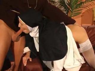 порно извращенцы монашки трансы