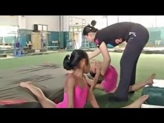 Sls 強制柔軟のしごき特訓が厳し過ぎる女子体操選手たちの練習風景 x_x