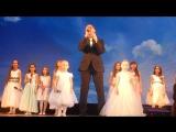 Денис Васильев и Вокальная группа Акварели - Помолимся за родителей