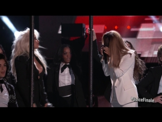 Christina Aguilera & Ariana Grande - Into You/Dangerous Woman (live on The Voice Final 2016)