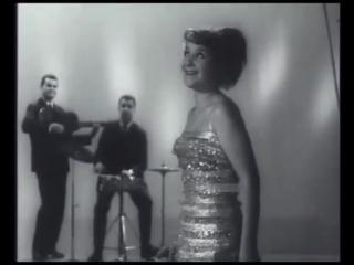 1965 г. Тамара Миансарова. Я не красавица, ... а ты женись на бабушке моей...