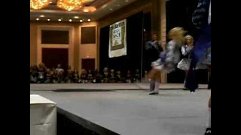 IRISH DANCE Switch leap in slow motion