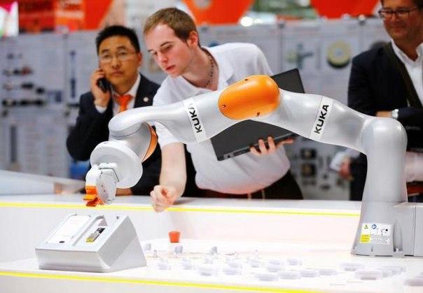 Midea покупает контрольный пакет акций разработчика роботов Kuka
